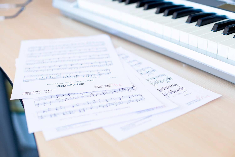 Trabajando... - Transcripteurs de musique professionnels